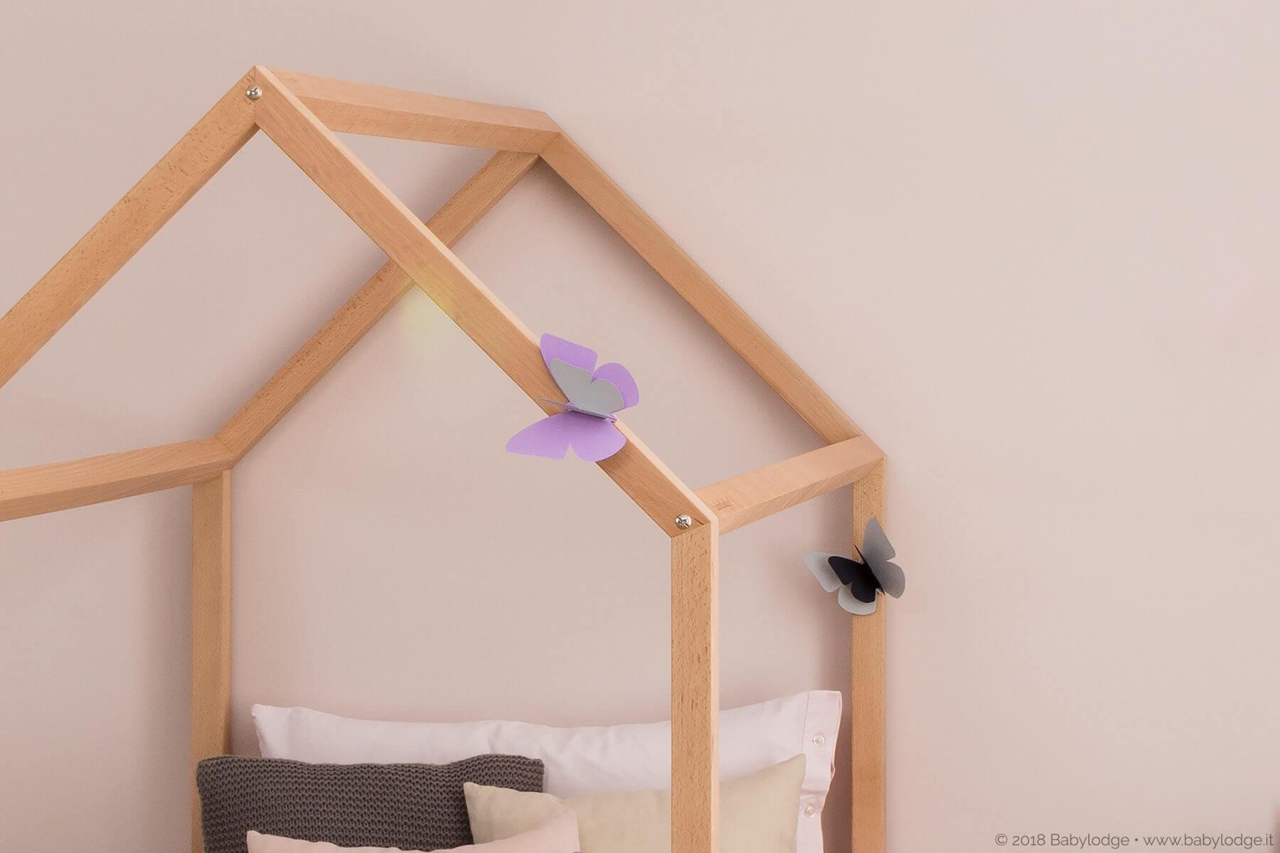 Lettino Montessori a casetta in legno di faggio massello